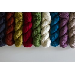 Rosy Green Wool Big Merino Hug